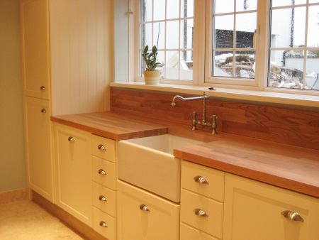 belfast sink kitchen drawers and cupboards